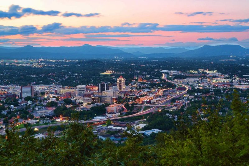 Community - Living in Roanoke